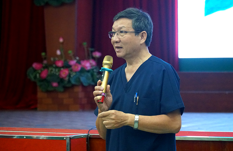 alobacsi Thầy Lê Văn Quang tại giảng đường Bệnh viện Thống Nhất