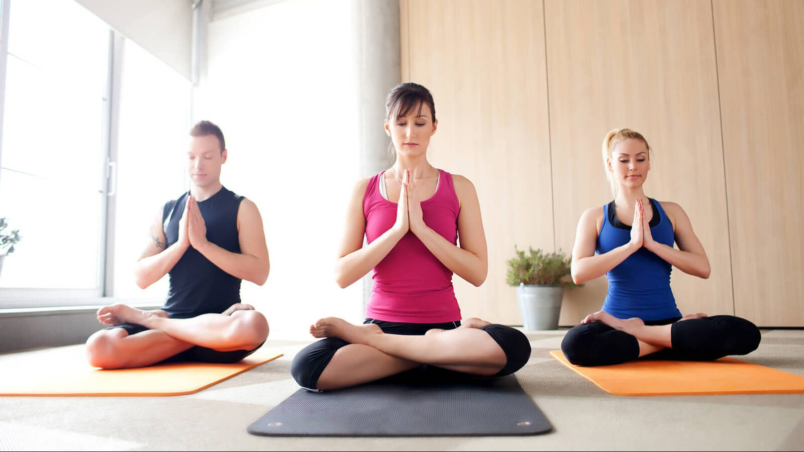 thiền và yoga giảm căng thẳng