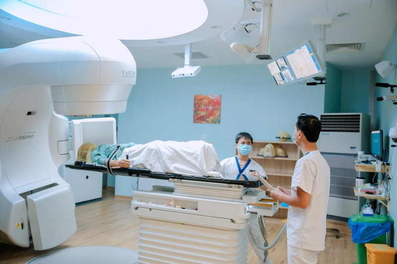 xạ trị ung thư vú